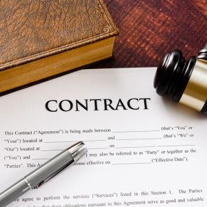 What Are the Types of Contract Attorneys?